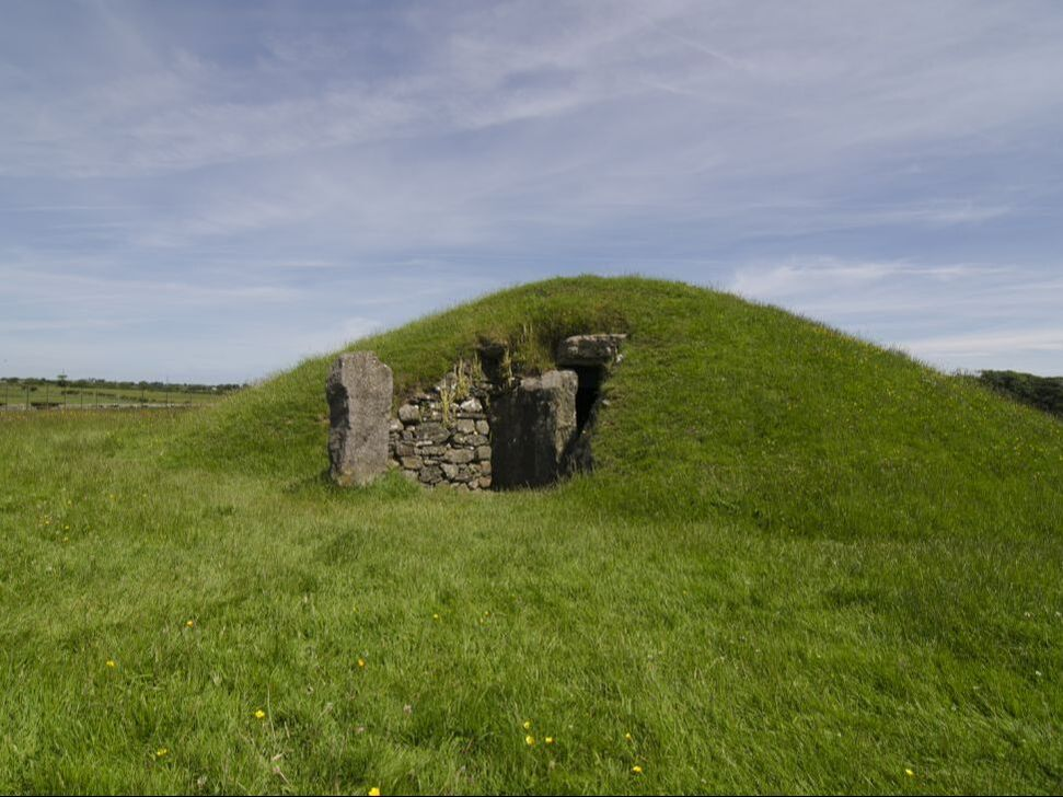 Bryn Celli Ddu megalithic site, Anglesey